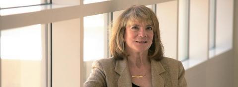 Beth Loftus gives expert testimony in Jerry Sandusky case